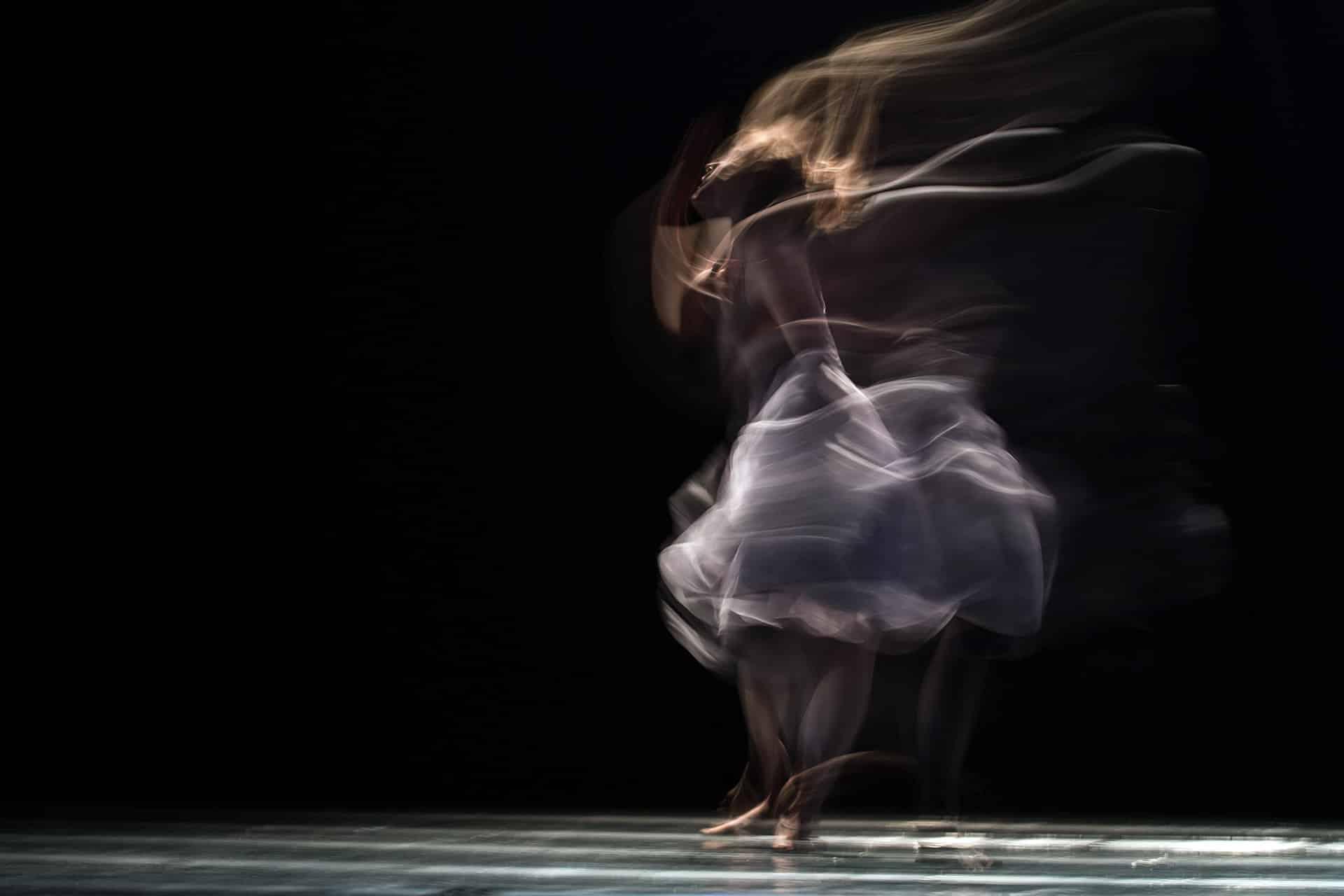 Image danseuse tourne vite siclem